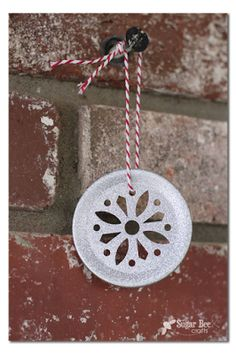 DIY Mason Jar Lid Ornament - Sugar Bee Crafts