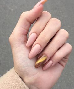 Looking for easy nail art ideas for short nails? Look no further here are are quick and easy nail art ideas for short nails. Perfect Nails, Gorgeous Nails, Love Nails, Fun Nails, Pretty Nails, Glitter Nails, Nail Swag, Short Nail Designs, Nail Art Designs