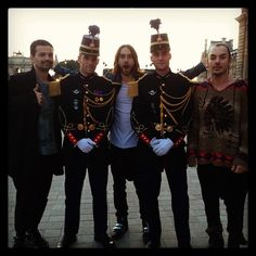 #ShareIG With soldiers in Paris #marsinfrance