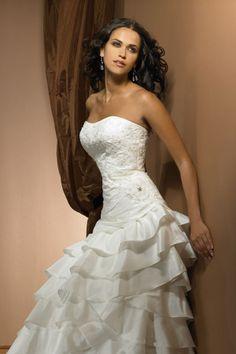 A-Linie Herz-Ausschnitt Taft Kapelle Schleppe elegantes trägerloses Brautkleid