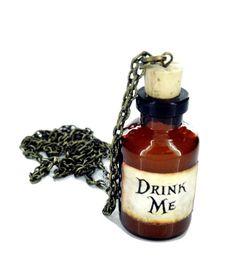 Alice im Wunderland Trink mich Flasche Halskette brandneue In Geschenkbox