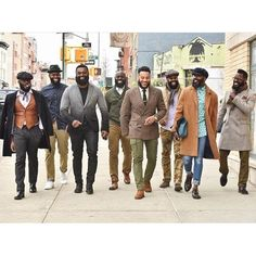 Black Men Are Beautiful. : Awesome Photo More Sharp Dressed Man, Well Dressed Men, Black Men Beards, Men In Black, Raining Men, Fine Men, Classic Man, Gentleman Style, Dapper Gentleman