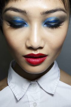 Jean Paul Gaultier Spring 2014 Couture Makeup #BlueEyeshadow