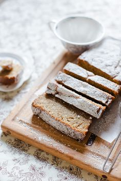 Yoghurt Banana Bread | Elsa Brobbey//