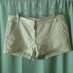 """J. Crew 3"""" chino shorts Khaki 3"""" chino shorts from j crew. They're really classic and in great shape! They're a little wrinkly in the photo because they weren't washed right before to was taken J. Crew Shorts"""