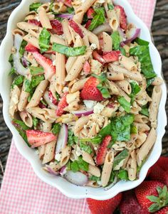 Chicken Pasta Salad Recipes Healthy is One Of Beloved Salad Recipes Of Many Persons Around the World. Besides Easy to Make and Excellent Taste, This Chicken Pasta Salad Recipes Healthy Also Health Indeed. Chicken Pasta Salad Recipes, Vegetable Pasta Salads, Salad Recipes For Dinner, Fruit Salad Recipes, Chicken And Vegetables, Salad Chicken, Pasta Salad For Kids, Healthy Pasta Salad, Healthy Pastas