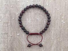 Bracelet grenat, perles en pierre naturelle, noeud macramé, bien-être, énergie, pierre astrale, idée cadeau femme  : Bracelet par maheva