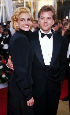 Pin for Later: 66 Couples de Célébrités Que Vous Aviez Totalement Oublié Julia Roberts et Kiefer Sutherland
