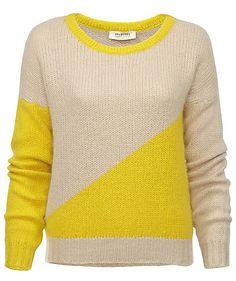 Heute kuscheln wir mit Wilma! Weicher Angorapullover von Selected Femme  #sweater #wool