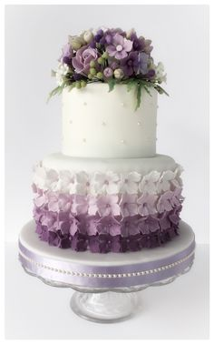 Lavender purple ombré hydrangea wedding cake www.birdbakes.co.uk