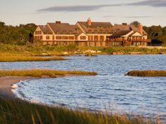 Die 100 besten Hotels der Welt nach Travel + Leisure - Travel and Extra Westerly Rhode Island, Watch Hill Rhode Island, Seaside Inn, Rhode Island Beaches, Chateau Hotel, Restaurants, Die 100, Beste Hotels, Best Resorts