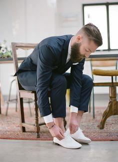 @Léon Costume 2 pièces 2 boutons - Chaussures Repeto Crédit Photo @GregFinckPhotography