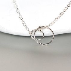 Circle Anklet Ring In Ring Sterling Silver Anklet Minimalist Sterling Silver Anklet, Silver Anklets, Silver Necklaces, Beachy Anklets, Anklet Bracelet, Bracelets, Bracelet Making, Fashion Shoes, Artisan