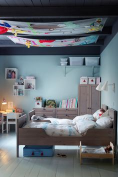 Ceiling Hanging - Kids Bedroom Ideas - Children's Room Decorating  / Get started on liberating your interior design at Decoraid (decoraid.com)