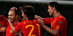 2-0 Spain Triumph Tempts At 5/1 - Spain are emphatic 2/7 favourites at Ladbrokes to beat Ireland in the pair's Euro 2012 Group C showdown in Gdansk.