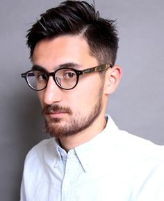 Popular Haircuts For Short Hair Men Hipster Hairstyles, Asian Men Hairstyle, My Hairstyle, Girls Short Haircuts, Haircuts For Men, Shot Hair Styles, Curly Hair Styles, Popular Haircuts, Bearded Men