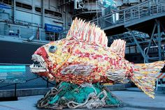 """Creative Art Projects Using Waste to Visualise and Fight Pollution"""" by Debra Higgson Statues, Waste Art, Aquarium, Ocean Pollution, Plastic Pollution, Trash Art, Plastic Art, Recycled Art, Bored Panda"""