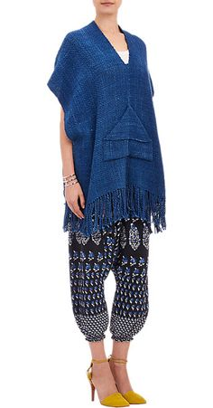 Ulla Johnson Hand-Loomed Basketweave Poncho at Barneys New York Retro Outfits, Vintage Outfits, Cute Outfits, Summer Knitting, Designer Clothes For Men, Ulla Johnson, Barneys New York, Comfortable Fashion, Fashion Outfits