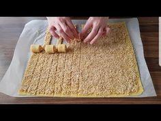 Výborné cesto s kyslou smotanou. Podobá sa lineckému, ale podľa môjho názoru je ešte lepšie. Môžete ho naplniť makom, orechmi, lekvárom, jednoducho akoukoľvek vašou náplňou. Potrebujeme: Cesto: hladká múka 250 g práškový cukor 30 g maslo 150 g (zmäknuté) kyslá smotana – 1 – 2 PL Orechová plnka: vlašské orechy – 200 g (mleté) kryštálový... Good Food, Food And Drink, Bread, Cooking, Anne, Decor, Basket, Biscuits, Amazing