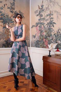 La DoubleJ Pre-Fall 2019 Fashion Show Collection: See the complete La DoubleJ Pre-Fall 2019 collection. Look 17 Fashion Show, Fashion Outfits, Womens Fashion, Fashion Design, Fashion Trends, Fashion Styles, Fashion 101, Cheap Fashion, Ladies Fashion