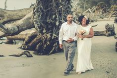 {Real Plus Size Wedding} Easter Sunrise Vintage Wedding at Driftwood Beach by Lone Pine Photography