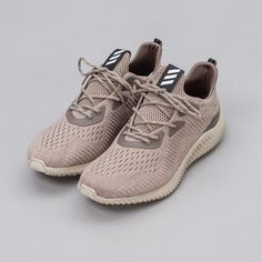 b845beb3aaa47 adidas Alpha Bounce EM in Brown BB9041 Notre 2 Dinge