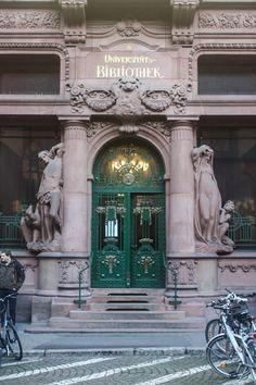 Universitätsbibliothek Heidelberg, Heidelberg, Germany www.stephentravels.com/top5/doors