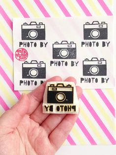 photo by camera rubber stamp. personalized hand carved rubber stamp.  custom made photography stamp. craft stamp for photographers. diy tags