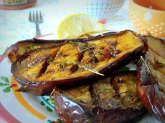 Aubergines grillees {marinees} a l'huile d'olive, ail et au thym Buffet, Preserving Food, Charcuterie, Entrees, Nom Nom, Side Dishes, Roast, Bbq, Pork