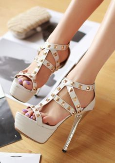 Gorgeous White Studded Gladiator Hi White High Heels, Very High Heels, Prom Heels, Sexy Heels, Strappy Heels, Stiletto Heels, Pretty Shoes, Dream Shoes, Hot Shoes