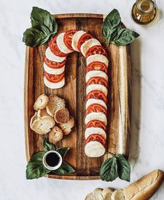 This Caprese Candy Cane Board Is the Cutest Hol.-This Caprese Candy Cane Board Is the Cutest Holiday Appetizer This Caprese fCandy Cane Board Is the Cutest Holiday Appetizer - Christmas Party Food, Christmas Brunch, Xmas Food, Christmas Cooking, Christmas Goodies, Christmas Desserts, Holiday Treats, Christmas Treats, Holiday Recipes