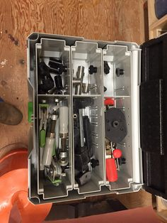 MFT mounted clamp / dog storage