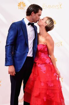 Pin for Later: Red Carpet PDA That's Way Too Cute to Handle Kaley Cuoco and Ryan Sweeting, 2013