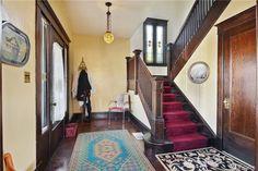 everett, 2202 Rockefeller Ave. Entry to 1912 craftsman