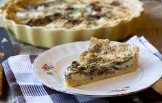 Κις με μανιτάρια και μπρι Spanakopita, Ethnic Recipes, Desserts, Food, Tailgate Desserts, Deserts, Meals, Dessert, Yemek
