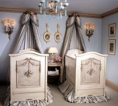 one day.. we will be rich and be able to do incredible rooms like this for the girls!