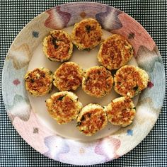 Bolinho de couve flor com parmesão. Cauliflower and parmesan patties.