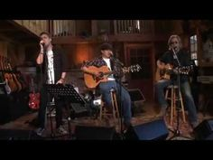 She's Gone - Rob Thomas & Daryl Hall http://www.livefromdarylshouse.com/index.php?page=ep31
