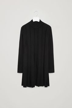 COS image 4 of Pleated merino wool dress in Black