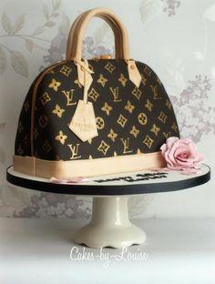 Louis Vuitton Handbag Cake - Cake by Louise Jackson Cake Design Louis Vuitton Torte, Beautiful Cakes, Amazing Cakes, Bolo Chanel, Chanel Cake, Fashion Cakes, Unique Christmas Gifts, Fancy Cakes, Pink Cakes