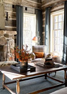 Living Room in Sewanee Cabin by Tammy Connor Interior Design on Interior Design Photos, Interior Design, Cozy Cabin Living Room, Cozy Living Room Design, Cabin Decor, Cabin Living Room, Rustic Living Room, Sofa Design, Living Room Designs