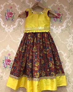 Ideas For Baby Girl Dresses Lehenga Frocks For Girls, Little Girl Dresses, Girls Dresses, Baby Dresses, Kids Dress Wear, Kids Gown, Kids Wear, Children Dress, Baby Dress Design