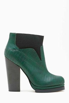 Shoe Cult Spectrum Boot - Emerald in Lookbooks Shoe Cult Rises at Nasty Gal