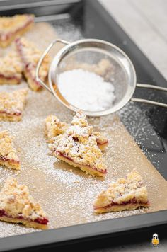 Plätzchen/Weihnachtsgebäck Sprinkle cookies with marzipan - quick and easy Homemade Frappuccino, Frappuccino Recipe, Latte Recipe, Berry Smoothie Recipe, Easy Smoothie Recipes, Easy Recipes, Sprinkle Cookies, Whole Food Recipes, Cookie Recipes
