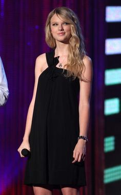 EXCLUSIVE ACCESS Musician Taylor Swift onstage during the MTV Networks Upfront at the Nokia Theater on May 8 2008 in New York City