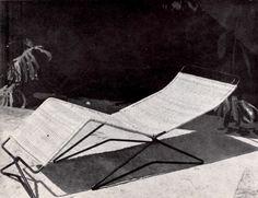 """unavidamoderna: Chaise-longue de varilla de hierro con tejido de mimbre por Clara Porset. Exhibido en """"El Arte en la Vida Diaria"""" en la Cuidad Universitaria. 1952 Foto. Lola Álvarez Bravo Iron and woven wicker lounge chair by Clara Porset. Shown as part the """"Art in Everyday Life"""" exhibition, Mexico City. 1952"""