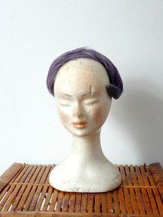 Bibi en Plumes Violettes et Grises Vintage par CeliaVintageStars, €26.00