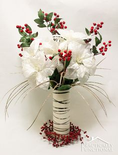 Need an elegant winter centerpiece? This pointsettia centerpiece is so quick and easy to make!