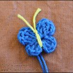 Hæklet Sommerfugl Crochet Baby, Knit Crochet, Flower Crafts, Smiley, Crochet Necklace, Butterfly, Knitting, Flowers, Crochet Ideas