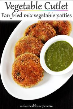 veg cutlet recipe - Veg cutlet is a delicious Indian style snack made with mix vegetables & spices. These are pan fried and are great to enjoy as a snack. Healthy Indian Snacks, Healthy Recipes, Indian Food Recipes, Vegetarian Recipes, Snack Recipes, Veg Breakfast Recipes Indian, Cooking Recipes Veg, Cooking Tips, Goan Recipes